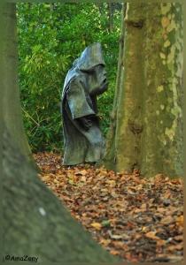 middelheimpark,brussel,kunst,beelden,herfst,verstoppertje