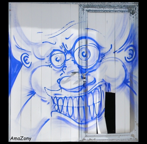 Doel,graffiti,manic monday,blue monday