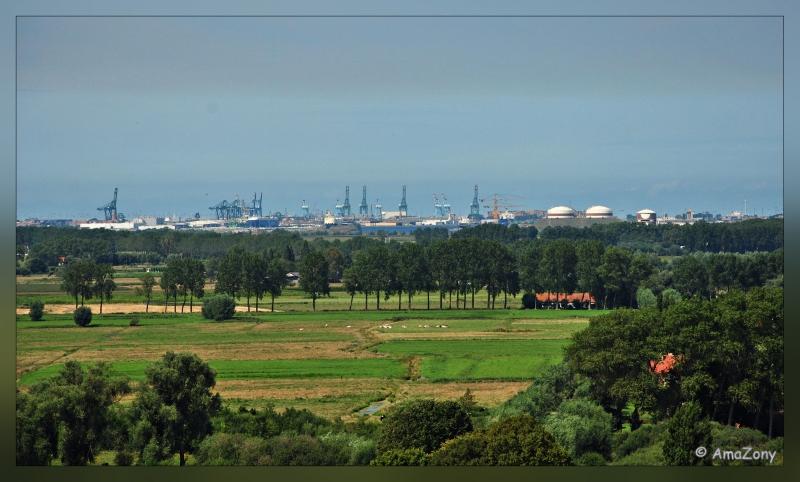 Damme,toerisme,landschap,windmolen,Damse vaart,polderdorp,kerk,panorama,luchtfoto,fotografie,